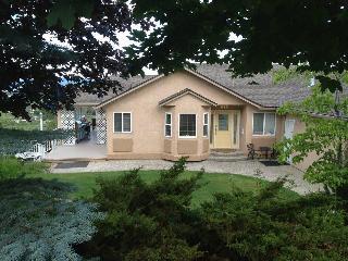 2 bedroom suite Lake Okanagan & Kelowna City Views - Homfray Creek vacation rentals