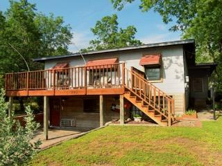 Convenience in every direction! - New Braunfels vacation rentals