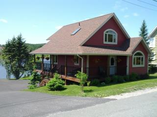 Amazing Pondside Cottage 15 mins. from St. John's - Harbour Main vacation rentals