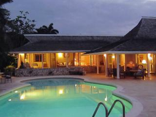 Fabulous 3 Bedroom Beachfront Villa with Pool in Montego Bay - Ironshore vacation rentals