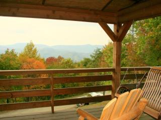 Cozy Log Cabin*Hot Tub*Fireplace*BIG VIEW*King Bed - Banner Elk vacation rentals
