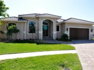 Front of House - Lido - LID961 - Brand-new Home 2 Blocks to Beach! - Marco Island - rentals