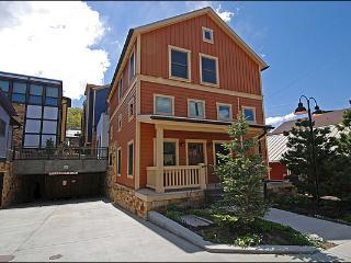 Close to Shops/Restaurants - Newly Built (24780) - Park City vacation rentals