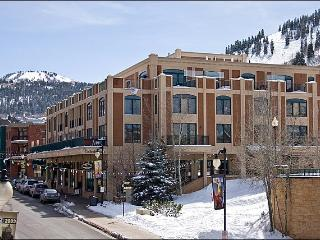 On-Site Restaurant & Bar - Great Mountain Views (24840) - Utah Ski Country vacation rentals