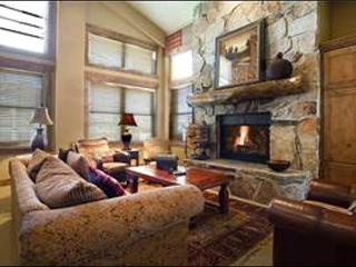 Luxurious Condo in Silver Lake Village - On the Free City Shuttle Route (24961) - Park City vacation rentals