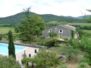 Mas du Tilleul-B&Bs - Saint-Thome vacation rentals
