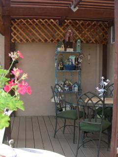 Beautiful Condo with Deck and Internet Access - Somerset vacation rentals