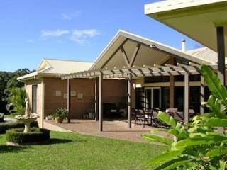 Nice Bed and Breakfast with Deck and Internet Access - Yarrahapinni vacation rentals