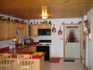 Comfortable House with Deck and Ceiling Fans - Addison vacation rentals
