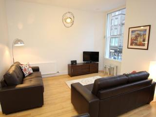 Pure Luxury and an Amazing Location! - Edinburgh vacation rentals