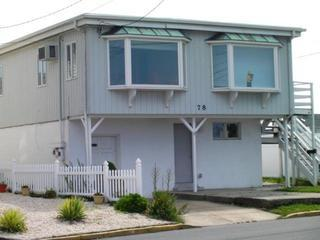 FAMILIES & RETIREES! - CLEAN, Great 2 Bedroom ShoreHouse -Near Beach & Boardwalk - Point Pleasant Beach vacation rentals