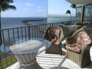 Oceanfront Wall of Glass! - Maalaea vacation rentals