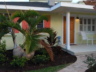 Happy Heron: 1BR Perfect Getaway, Block from Beach - Holmes Beach vacation rentals