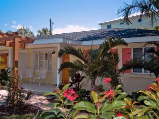 "New Heron: 2BR ""Perfect Spot"" a Block from Beach - Holmes Beach vacation rentals"