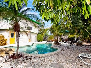 Mangoes on Magnolia: 3BR Classic Beach Home w/Pool - Anna Maria vacation rentals