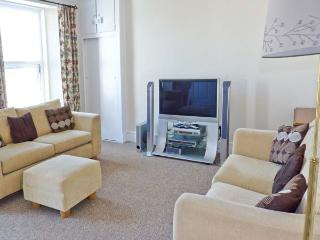DUNHOLME HOUSE, close to sea and amenities, en-suite bedrooms, flexible accommodation in Teignmouth, Ref 20681 - Teignmouth vacation rentals