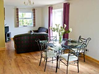 BABELL COTTAGE, pet-friendly single-storey cottage, good for country and coast, Brynteg Ref 21474 - Brynteg vacation rentals