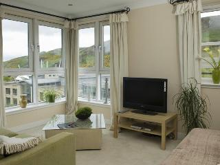 Holyrood Penthouse - Edinburgh vacation rentals