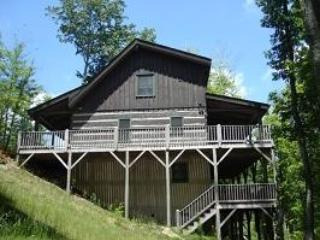Family Favorite Min to Zipline*Hot Tub*Pool Table - Jonas Ridge vacation rentals