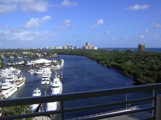 Gallery ONE -Oceanview 1brm ! FREE VALET PARKING ! - Fort Lauderdale vacation rentals