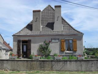 Spacious 4 bedroom Bed and Breakfast in Indre - Indre vacation rentals