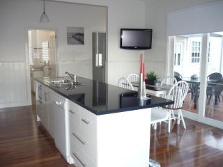Calgary House & Cottage Accommodation - Killarney vacation rentals
