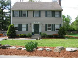 Suburban Homestead in friendly town of Maynard - Maynard vacation rentals