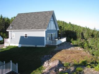 Eagles Cliffe Cottages WOW oceanview simple luxury - Port Rexton vacation rentals