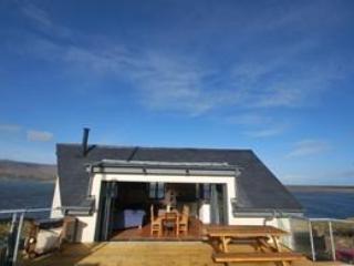 YNA Dingle Cottages - Fisherman's Cottage - Image 1 - Cloghane - rentals