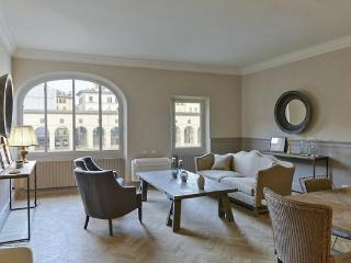 Luxury view apartment on Ponte Vecchio - Florence vacation rentals
