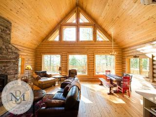 Beautiful, log cabin on Blacktail Mountain! - Somers vacation rentals