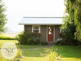 Farm Cottage and Bunk House with amazing mountain views! - Kalispell vacation rentals