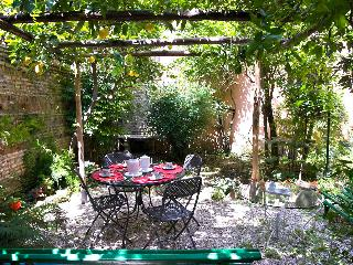 Rome with a Garden! Delightful 1 Bedroom Apartment with Private Garden in Historic Trastevere - Lazio vacation rentals