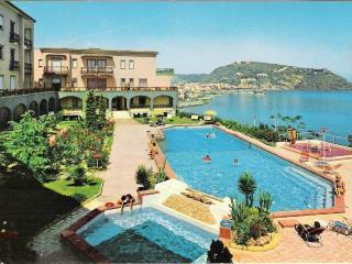 Ischia appartamento panoramico sul mare - Lacco Ameno vacation rentals