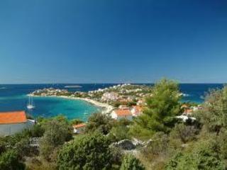Beautiful 4 bedroom Marina Villa with A/C - Marina vacation rentals