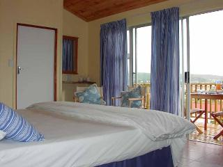 Knysna B&B King of kings, Luxorious/ SC with views - Knysna vacation rentals