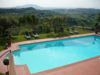 Perfect 1 bedroom Poggio Mirteto Cottage with A/C - Poggio Mirteto vacation rentals