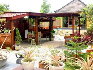 Sunny 2 bedroom Villa in Nusa Dua - Nusa Dua vacation rentals