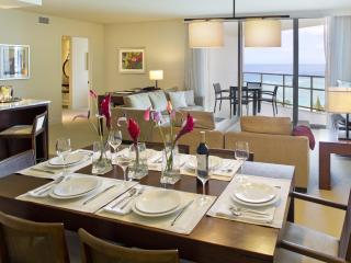 Hawaii Waikiki Trump 2503 : 2BD+den(sofa bed)+ 3BA - Honolulu vacation rentals