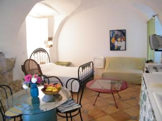 Cozy 1 bedroom Vacation Rental in Belgodere - Belgodere vacation rentals
