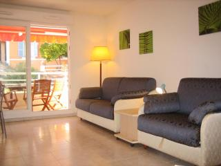 Beautiful Studio with Terrace in Menton, France - Menton vacation rentals