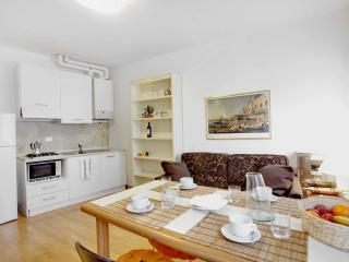 Elegant apartment in Venice up to Six - Friuli-Venezia Giulia vacation rentals