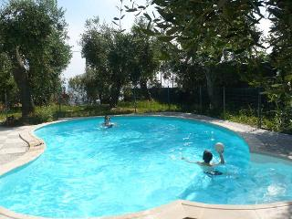 Nice Cottage with Internet Access and Shared Outdoor Pool - Imperia vacation rentals