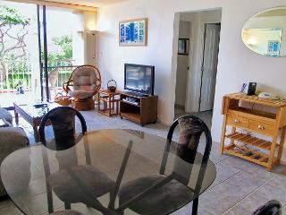 Budget-Friendly 2-Bedroom Condo across from Kamaole Beach 1 - Kihei vacation rentals
