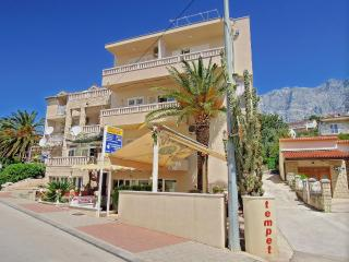 Nice 2 bedroom Apartment in Makarska - Makarska vacation rentals