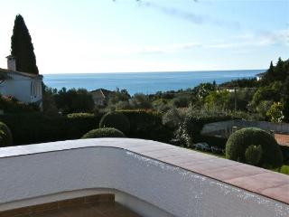 Beautiful Villa with Private Pool and Sea View - Benalmadena vacation rentals
