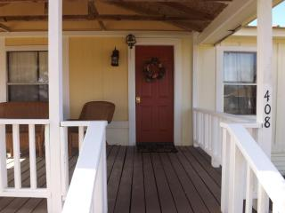 Comfortable House with Internet Access and Dishwasher - Ladonia vacation rentals