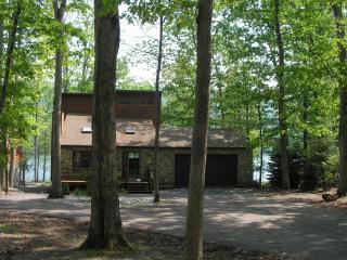 Lakefront Eagle Rock Vacation Home - Hazleton vacation rentals