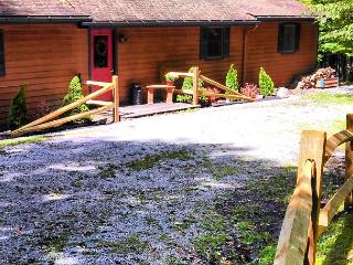 Private pet-friendly property for an affordable mountain getaway! - Seneca Rocks vacation rentals