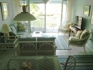 SILVER SANDS CONDOS-UNIT #8 - Seven Mile Beach vacation rentals